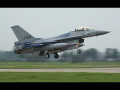 NICE Close VIEW 4x F16 Glide Slope Landing