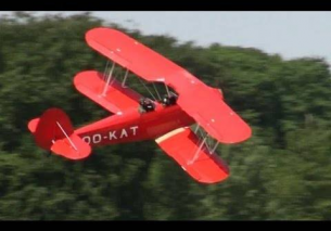 Crabbing low pass Stampe S-4E WWG 2013