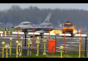 F-16 High Key EMERGENCY landing – Frisian Flag 2016