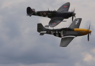 Spitfire   P-51D Mustang Awesome Display