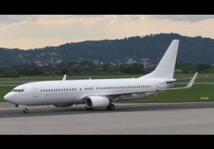AirExplore Boeing 737 landing at Graz Airport | OM-HEX