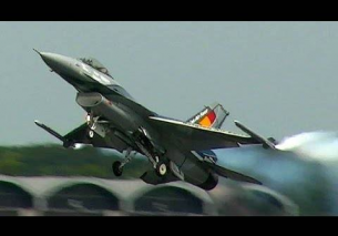 Belgian F16 Solo Display Team – RAW Power