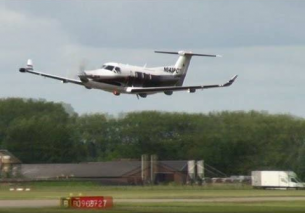 Low pass MAF Pilatus PC-12 Teuge Airport 2013 (1080p FULL HD)