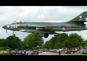 Dutch Hawker Hunter BLUE NOTE – Fast Airshow 2014