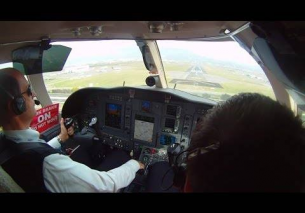 Florence Airport – Short Runway Landing (Cockpit View)