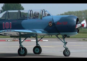 Yakovlev YAK-52 start-up and low pass Teuge