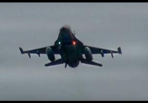 Video: Afterburner passes F16 Demoteam EHLW 28-3-2013 at AirClips
